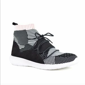 Chase and chloe sock sneakers